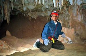 Mohammed takes a break from surveying in Friendly Cave. (photo: M. Al-Kaf)
