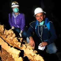 KAUST students in Hibashi Cave