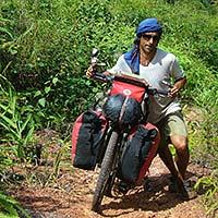Salva Rodriguez cycling around the world
